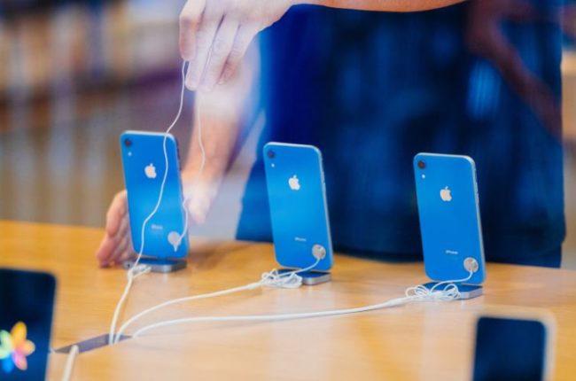 iphone-xr-recenzja-funkcje-aparaty-fotograficzne-wyswietlacz-i-cena