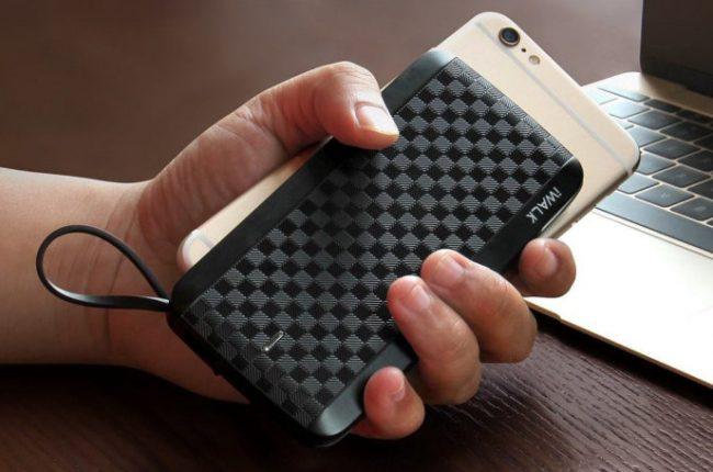 najlepsze-zewnetrzne-baterie-do-smartfonow