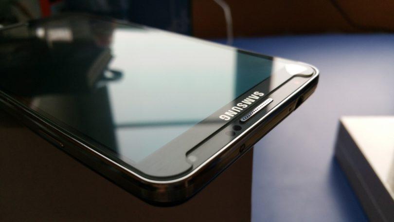 dlaczego-smartfon-potrzebuje-szkla-ochronnego