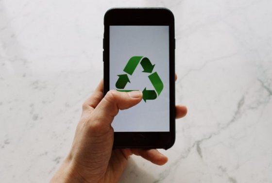 co-zrobic-ze-starym-smartfonem-8-pomyslow