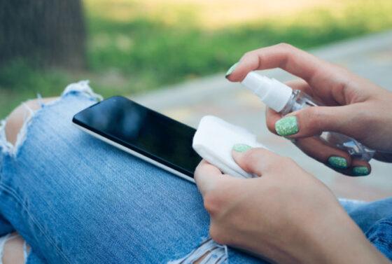 higiena-gadzetow-jak-wlasciwie-dbac-o-swoj-smartfon-i-tablet
